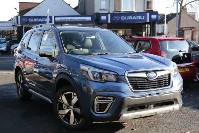 Subaru Forester 2.0 SE Premium e-Boxer SUV Petrol / Electric Hybrid Blue at Woodford Motor Co Ltd Woodford Green